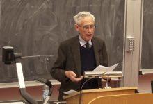 Photo of آیا قوانین طبیعت بنیادین هستند؟گفتوگو با ریچارد سویینبرن